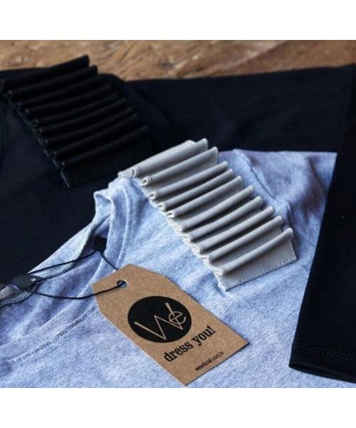 Blusa de manga longa com detalhe de couro nos ombros